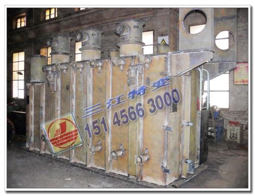 SZF11-31500-66-38.5 钟罩式上节油箱完成焊接工序
